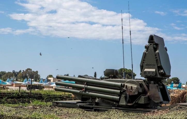 Русские силы ПВО отразили атаку боевиков наавиабазу Хмеймим