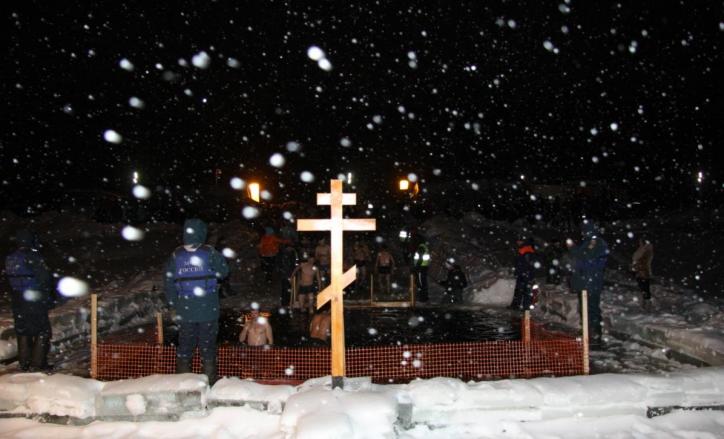 Искупаться вКрещенской купели рязанцы могут до2 часов ночи