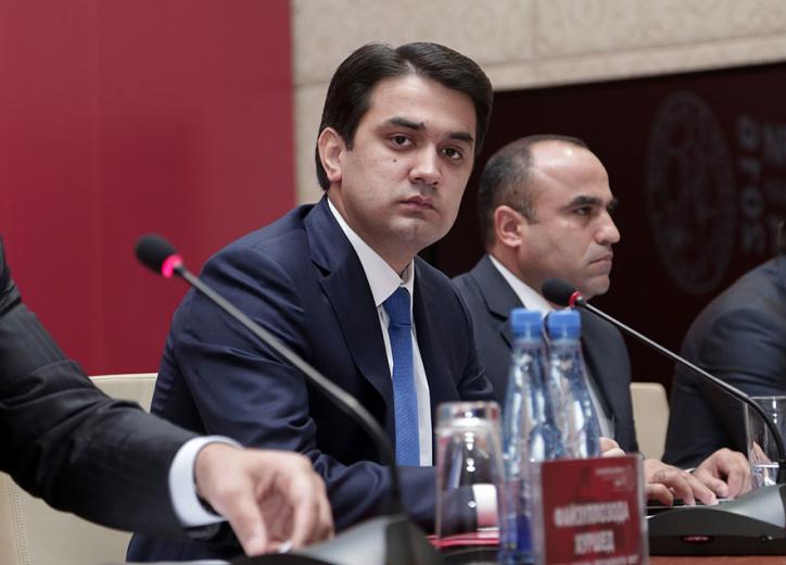 Семейный подряд: Президент Таджикистана назначил мэром Душанбе старшего сына
