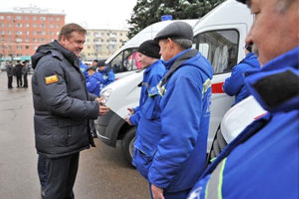 Автомобильный парк рязанского здравоохранения пополнили 24 новые машины Скорой помощи
